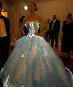 Claire Danes in Zac Posen attends the 2016 Met Gala, New York 02/05/16.  Galactic Cinderella Dress.
