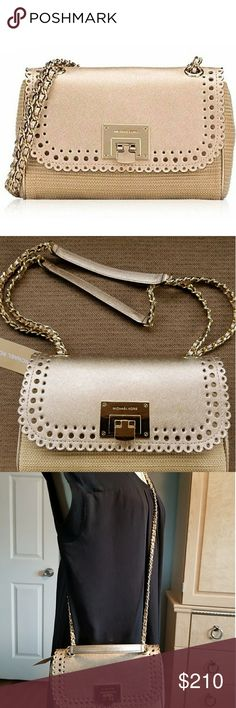 Michae Kors shoulder flap bag Can be worn with a single strap or doubled Nat/ Palegold color really nice eye catching. Michael Kors Bags Shoulder Bags