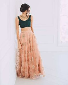 Looking to shop your bridal wear in Toronto? Then you have to check out this complete list of Toronto Lehenga Shopping brands. I've mentioned prices too! Indian Gowns Dresses, Indian Fashion Dresses, Dress Indian Style, Indian Designer Outfits, Net Dresses, Pakistani Clothing, Indian Skirt, Indian Designers, Abaya Style