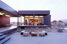 This Desert House in Palm Springs Is a Modern Oasis - BlazePress