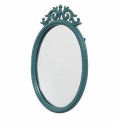 Original #espejo con marco de #hierro en #color #verde. Cuenta con un diseño #elegante y estilizado que lo hace perfecto en cualquier tipo de estancia. ¡Quedará perfecto en cualquier pared de tu hogar! Combina con otros artículos de esta #colección.