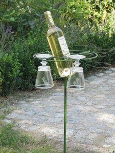 Wein + Glas Spieß für den Garten von Stilfactorei