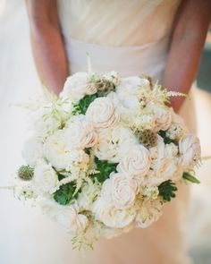 Ivory-and-blush bouquet--click for details