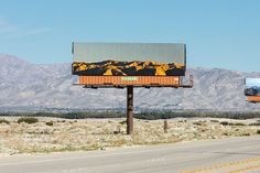 -Jennifer Bolande second sight 2http://theawesomedaily.com/artist-jennifer-bolande-second-sight-project-replaces-billboards-with-photos-of-the-landscapes-they-block/ #photography #art #theawesomedaiky