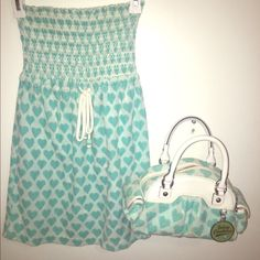 JUICY COUTURE BEACH DRESS RARE FREE JUICY PERFUME WITH SET PURCHASE BUNDLE. Super cute towel material'ed beach dress hy Juicy Couture. Bundle with matching for major discount on both. I accept offers. Worn once. great for kids and teens. I outgrew it lol. Juicy Couture Dresses Mini