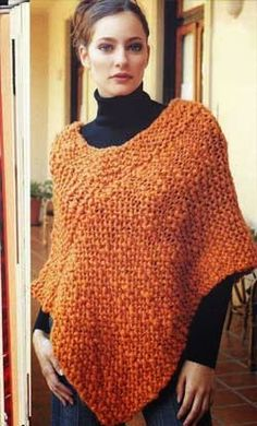 iKnitts: Patron easy to knit poncho Poncho Crochet, Poncho Shawl, Knitted Shawls, How To Purl Knit, Loom Knitting, Crochet Clothes, Knitting Patterns, Crochet Patterns, Knitwear