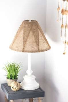 Learn how to makeover an old brass lamp base and outdated shade simply using some spray paint and burlap ribbon. A useful DIY upcycling project. Diy Upcycled Table, Upcycled Home Decor, Burlap Lampshade, Lampshades, Lamp Makeover, Diy Upcycling, Burlap Crafts, Brass Lamp, Easy Diy
