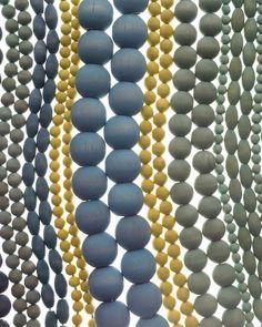 Houten kralen verven / dying wooden beads