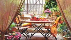 Terraza con muebles de teca