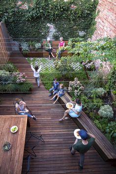 Small Backyard Gardens, Backyard Garden Design, Rooftop Garden, Tiered Garden, Backyard Seating, Garden Yard Ideas, Home Landscaping, Garden Planning, Garden Inspiration