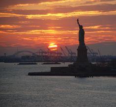New York Harbor in sunset, by AMalyshka New York Statue, New York Harbor, Statue Of Liberty, Places To Travel, New York City, Sunrise, Nyc, America, Photography