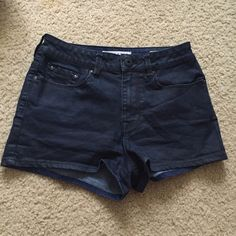 High waisted shorts Super cute high rise shorts. These have a sheen to them, so they almost look like leather. Slightly faded, but they're a very comfortable pair of pre-loved shorts. Recommend for size 3 they fit small Bullhead Shorts Jean Shorts