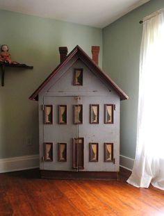 American Folk Art Dollhouse - over 5 ft tall. Antique Dollhouse, Antique Dolls, Dollhouse Miniatures, Miniature Houses, Miniature Dolls, Fairy Houses, Doll Houses, Small World, Little Houses