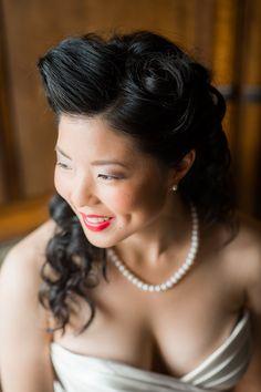 classic bridal look   Van Wyhe Photography