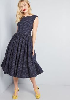 Fabulous Fit and Flare Dress with Pockets - The perfect retro treasure can be hard to come by - luckily, your style sense led you right to this navy blue fit and flare! A vintage-inspired offering Fit And Flare, Fit Flare Dress, Dot Dress, Dress Up, Dress Shoes, Dress Clothes, Clothes Sale, Dress Girl, Swing Dress