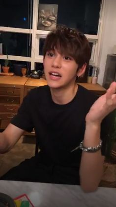 he's so... ah words can't even describe/// @sgrmilk Sehun, Lucas Nct, Kim Jung Woo, Mark Nct, Jeno Nct, Jisung Nct, Jaehyun Nct, Taeyong, K Idols