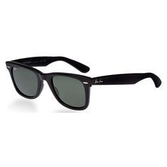 Rock the old school look with this iconic pair of Ray-Ban men's original Wayfarer sunglasses to reflect your confidence and zest for life. With its distinctive Wayfarer style, a refreshing green lens
