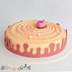 I can tell you this cake is a heavenly delight ❤️ Ispahan Rose & Lychee Entremet ❤️💕 Tasty, Yummy Food, Cheesecakes, Cincinnati, My Recipes, Creme, Desserts, Candies, Diet