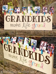 How CUTE! This is such a great gift idea for Grandparent's Day, Mother's Day, Father's Day, Christmas, or anytime! 'Grandkids Make Life Grand' Wood Sign Photo Display | Where The Smiles Have Been #WoodCraftsDiy