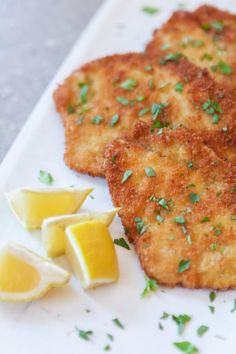 How To Make Juicy, Crispy Schnitzel at Home. This schnitzel recipe is absolutely delicious! Serve these perfect pork cutlets with noodles, or on a sandwich with sauce or gravy. Our step by step direct Pork Cutlet Recipes, Schnitzel Recipes, Veal Recipes, Chicken Schnitzel, Chicken Recipes, Cooking Recipes, Dinner Recipes, Wiener Schnitzel, How To Cook Pork