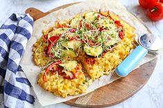 Rosti-pizza met groenten - klaar binnen 30 min -Lekker en Simpel Salsa Pesto, Broccoli Casserole, Vegetable Pizza, Pasta Salad, Quiche, Just In Case, A Food, Oven, Easy Meals