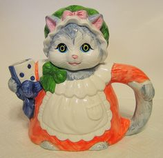 Grey Female Cat Teapot Hermitage Mint LTD Collectibles