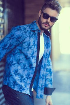 foto: Manu Lamode model: Henrique Machado styling: Viviane Santos hair & make-up: Ronaldo Junior client: camisas Factual