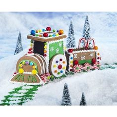Create A Treat Create-a-Treat Gingerbread Ginger Bread Train Kit
