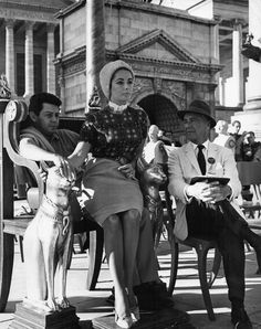 Superbe Liz Elizabeth Taylor photo original tournage Eddie fisher Cléopatra 1963
