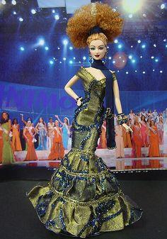 Miss Chypre 2005-2006 http://www.ninimomo.com/ipc06cyprus1.jpg