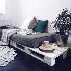 New Furniture Diy Couch Frames Ideas Diy Pallet Sofa, Furniture, Trendy Furniture, Living Room Sofa, Diy Couch, Home Decor, Room Decor, Diy Sofa Bed, Pallet Furniture