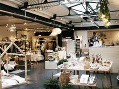 Smallable - Kid store 81 Rue du Cherche-Midi, 75006 Paris Téléphone :01 40 46 01 15
