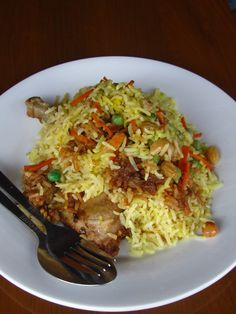 20 Scrumptious Burmese Foods: Take a Bite of Burma (Myanmar)!