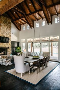 GORGEOUS!!!!! Love the ceiling and floors. The use of stone and wood is perfection. The room is gorgeous !