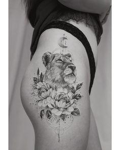 Thigh piece by Tritoan Ly - Tattoo, Tattoo ideas, Tattoo shops, Tattoo actor, Tattoo art - Tattoo oberschenkel - tattoo Cute Small Tattoos, Trendy Tattoos, Sexy Tattoos, Cute Tattoos, Beautiful Tattoos, Sleeve Tattoos, Tattoos For Women, Tattoos Bein, Tattoo Small
