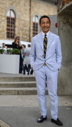 Is this seersucker? I love seersucker suits for summer. Gentleman Mode, Gentleman Style, Suit Fashion, Mens Fashion, Ivy League Style, Ivy Style, Preppy Men, Summer Suits, Mens Style Guide