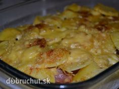 Francúzske zemiaky Vynikajúci recept, dala som takmer kilo zemiakov, iba 2 klobásy, 6 vajíčok,  2 cibule. Nabudúce poliat namiesto vajíčkovou zmesou kyslou smotanou Yams, Macaroni And Cheese, Food And Drink, Potatoes, Chicken, Ethnic Recipes, Diet, Red Peppers, Cooking