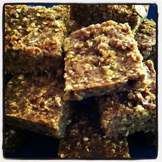 Snacks: Pumpkin & Peanut Butter Oatmeal Bars