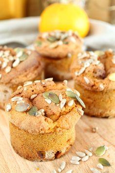 zoete fluffy pompoen muffins 1 Vegan Sweets, Healthy Sweets, Healthy Baking, Healthy Foods, Healthy Life, Baking Recipes, Vegan Recipes, Happy Foods, Low Carb Breakfast