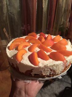 Epres diétás sajttorta sütés nélkül - Salátagyár Cake, Desserts, Food, Tailgate Desserts, Deserts, Kuchen, Essen, Postres, Meals