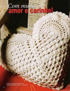 heart pillow crochet, crochet heart themes, heart crochet patterns More Patterns Like This! Crochet Diy, Crochet Afghans, Crochet Motifs, Crochet Cushions, Crochet Pillow, Crochet Home, Love Crochet, Crochet Crafts, Crochet Flowers