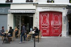 If you were forced to name a hub of the Parisian craft coffee scene, it would have to be the Marais.