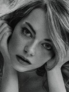Emma Stone scatti sensuali