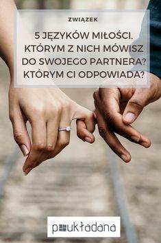 """To, że czasami nie możemy porozumieć się w związku albo, że uważamy, że partner nie okazuje nam miłości wynika wyłącznie z tego, że możemy rozmawiać dwoma różnymi językami miłości. Jedna osoba """"mówi gestami"""" a druga """"czynami"""". Jedna pragnie """"komplementów"""" a druga """"prezentów"""". Uświadamiając sobie jakim językiem mówię ja a jakim mój partner mogę zacząć używać tego właściwego.  #jezykimilosci #jezyk #milosc #milosci #wzwiazku #komunikacja #partner #czymniekocha #jakpoznaczekocha #relacje Thoughts And Feelings, Motto, Disorders, Hand Lettering, Holding Hands, Coaching, How To Plan, Education, Love"""