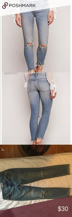 FP Destroyed Ankle Skinny Great condition, worn and washed once or twice. There is a small subtle stain under the right knee (shown in the 4th picture) but very unnoticeable. Only selling because I don't like how they fit me. So cute with booties or wedges. Free People Jeans Skinny