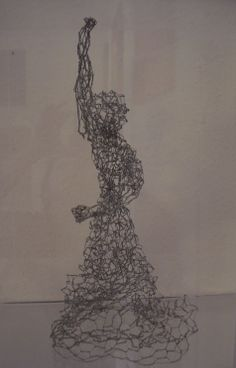 Danseuse - Tänzerin, fil de fer - Draht,  32 cm, 2013