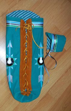Made to Order Appliquéd Native American Infant Moss Bag Native American Dress, Native American Design, Native American Crafts, Native Design, Native American Beading, American Indians, Deer Hide, Baby Swaddle Blankets, Baby Sewing Projects