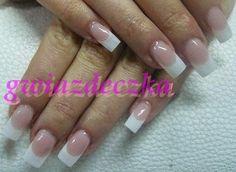 Paznokcie żelowe z białą końcówką http://esteraowczarz.blogspot.com/2014/03/ponadczasowy-french-manicure.html