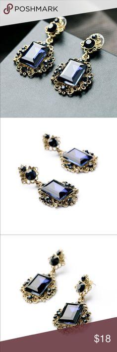 Antique Square Blue Resin Stud Earrings Antique Square Blue Resin Stud Earrings Jewelry Bracelets
