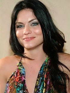 """Jodi Lyn O'Keefe is a pretty American actress and model, who at age 17 portrayed Cassidy Bridges on the """"Nash Bridges"""". Devine Goddess, Jodi Lyn O'keefe, Nash Bridges, Michael And Sara, Michael Scofield, Queer As Folk, Eva Marie, Stylish Sarees, Celebs"""